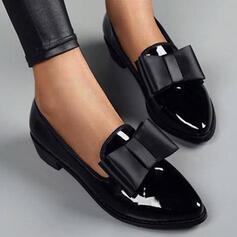 Dla kobiet PU Obcas Slupek Czólenka Niskie góry Spiczasty palec u nogi Z Kokarda Jednolity kolor obuwie