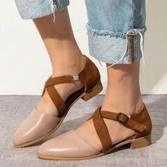 Dla kobiet PU Niski Obcas Plaskie Zakryte Palce Spiczasty palec u nogi Z Kolor splotu obuwie