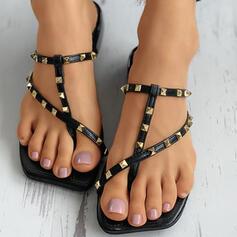 Dla kobiet Skóra ekologiczna Płaski Obcas Sandały Plaskie Kapcie Pierścień na palec Z Nit Tkanina Wypalana W kratke obuwie