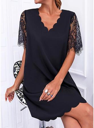 Jednolity Koronka Krótkie rękawy Suknie shift Nad kolana Mała czarna/Nieformalny Tunika Sukienki