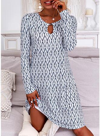 Nadruk Długie rękawy Suknie shift Nad kolana Nieformalny Tunika Sukienki