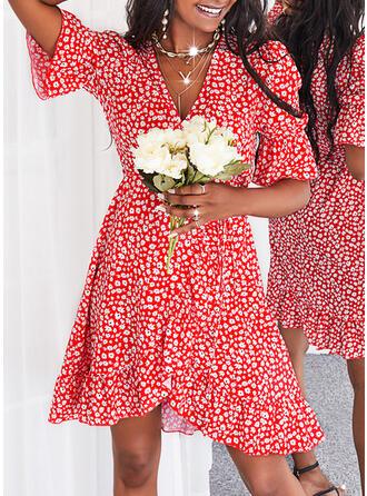 Nadruk/Kwiatowy Rękawy 1/2 shim sleeve Sukienka Trapezowa Nad kolana Nieformalny Okrycie/Łyżwiaż Sukienki