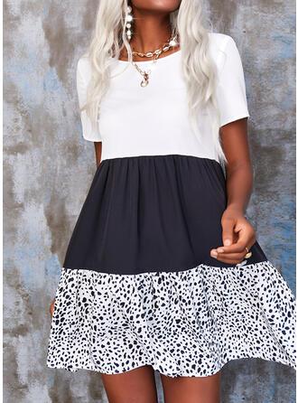 Nadruk/Blok Koloru Krótkie rękawy Suknie shift Nad kolana Nieformalny Sukienki