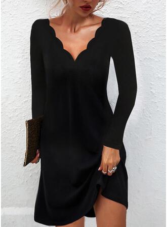 Jednolity Długie rękawy Suknie shift Nad kolana Mała czarna/Elegancki Sukienki