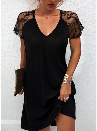 Jednolity Koronka Krótkie rękawy Suknie shift Długośc do kolan Mała czarna/Nieformalny Sukienki