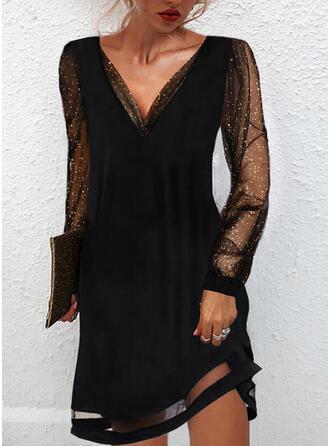 Jednolity cekiny Długie rękawy Suknie shift Nad kolana Mała czarna/Impreza/Elegancki Sukienki