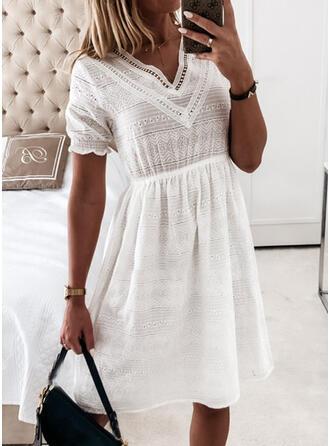 Jednolita Krótkie rękawy W kształcie litery A Długośc do kolan Casual/Elegancki Sukienki