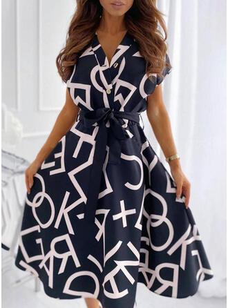 Nadrukowana/Wytłaczany Krótkie rękawy W kształcie litery A Długośc do kolan Casual Łyżwiaż Sukienki