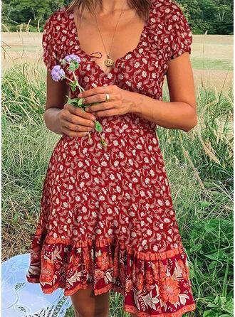 Nadrukowana/Kwiatowy Krótkie rękawy W kształcie litery A Długośc do kolan Casual/Boho/Wakacyjna Łyżwiaż Sukienki