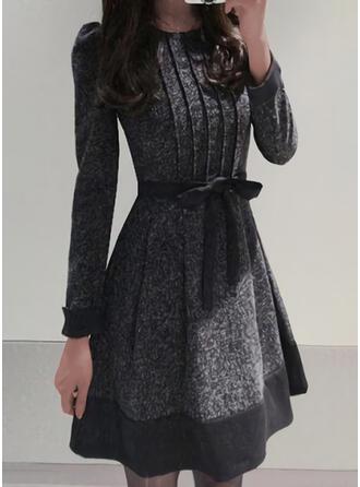 Nadrukowana Długie rękawy/Bufiaste rękawy W kształcie litery A Nad kolana Elegancki Łyżwiaż Sukienki