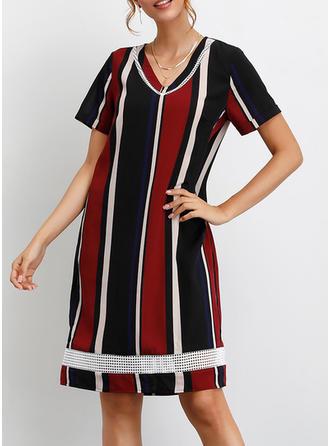 Wyszczuplająca Krótkie rękawy Koktajlowa Długośc do kolan Casual/Wakacyjna T-shirt Sukienki