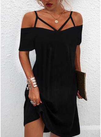Jednolity Krótkie rękawy cold ramion rękaw Suknie shift Nad kolana Mała czarna/Nieformalny Sukienki
