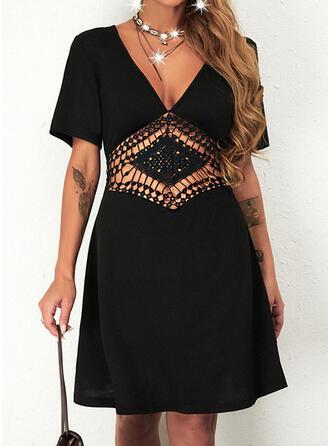 Jednolity Krótkie rękawy Sukienka Trapezowa Nad kolana Mała czarna/Nieformalny Łyżwiaż Sukienki