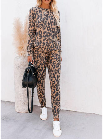 Polyester Long Sleeves Leopard Pyjama Set