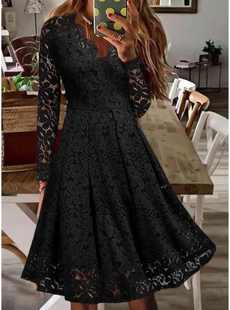 Jednolity Koronka Długie rękawy Sukienka Trapezowa Łyżwiaż Mała czarna/Nieformalny Midi Sukienki